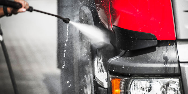 Four Benefits of Using a Professional Fleet Cleaning Company